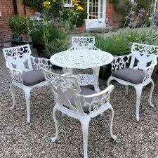 80cm round table 4 sunflower chairs