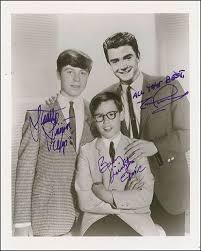 My Three Sons TV Cast - Autographed Signed Photograph co-signed by: Stanley  Livingston, Barry Livingston, Tim Considine | HistoryForSale Item 288650