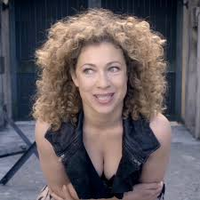 Alex Kingston's Hair