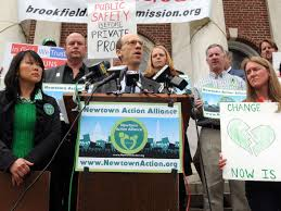 Newtown group holds protest vigil for gun legislation | | pottsmerc.com