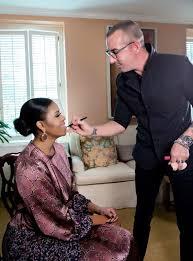 makeup artist offers cl at academy