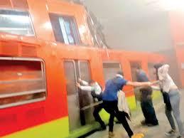 Resultado de imagen para choque de trenes mexico