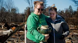 Camp Fire: Volunteers, dogs look for cremated remains in Paradise | The  Sacramento Bee