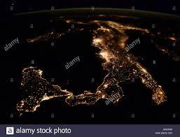 Italia di notte, vista satellitare Foto & Immagine Stock ...
