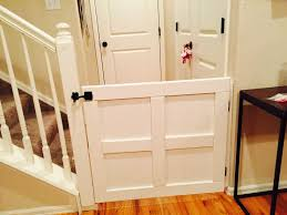 Diy Baby Dog Gate My Husband Did It Again We Saw A Lot Of Pins For Baby Gates And He Came Up With This Creation Out Of Some S Diy Dog Gate