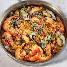seafood arroz a la valenciana filipino