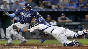 Shortstop Adeiny Hechavarria cut by Tampa Bay Rays