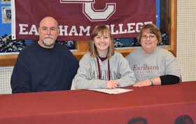 Robinson Picks Earlham for Golf – Press Room Pass