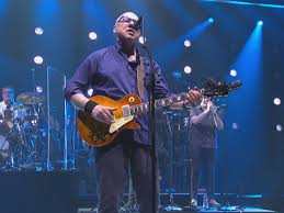 Mark Knopfler: Having dissolved his hit band, Dire Straits, when they were  at the peak of their success, the ...