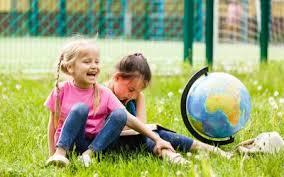 Колектив Старобільської місцевої прокуратури з нагоди Міжнародного дня захисту дітей привітав дітлахів зі святом