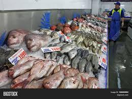 Vendor Sale Seafood Image & Photo (Free ...