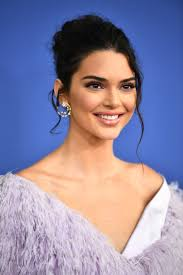 kendall jenner s hair and makeup looks