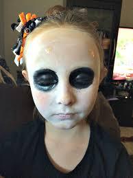 how to do easy broken doll halloween makeup