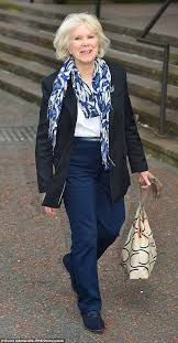 Wendy Craig makes sensational arrival into Emmerdale | Daily Mail Online