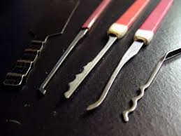 the amazing king sourcing locks and tools