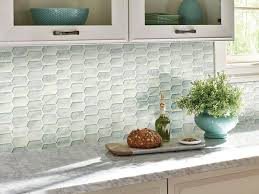 Calypso Picket Pattern Glass Mosaic Tiles Feature A Soft White Background With Tonal Inflections From T Glass Mosaic Backsplash Glass Mosaic Tiles Mosaic Glass
