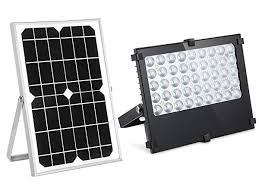 solar flood light 800lumens auto on off