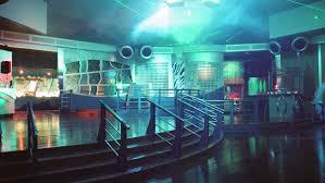 Il Covid spegne le luci delle discoteche: in bilico un settore da ...