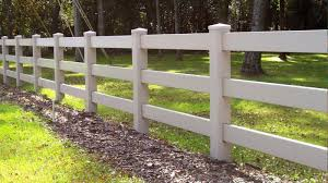 3 Rail White Vinyl Ranch Rail Fence By Mossy Oak Fence Located In Orlando And Melbourne Fl Fence Landscaping Backyard Fences Fence Design
