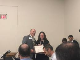"Archana Shah on Twitter: "".@UChicagoEM Dr. Adriana Olson wins the National  Faculty Teaching Award @ACEPNow #AcademicAffairs @emresidents… """