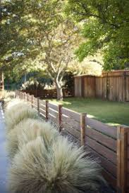 Put The Short Fence In The Front Yard Connecting Th Fence Design Wood Fence Design Backyard Fences