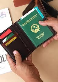 ví da đựng passport