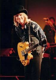 1323 Best Tom Petty and the Heartbreakers images in 2020 | Tom petty, Mike  campbell, Petty