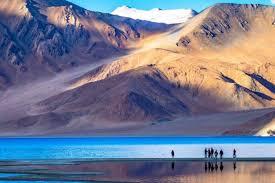 Pangong Tso Lake: the theatre of India-China LAC scuffles ...