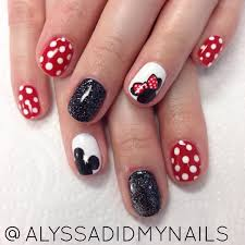 Nails by Amelia Soroka in 2020 | Mickey nails, Disney gel nails ...