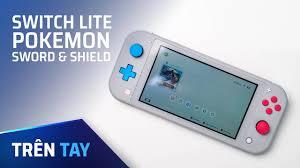 Trên tay Switch Lite - Pokemon Sword & Shield - YouTube