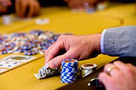 Mengadu Keberuntungan Dalam Bermain Casino Online
