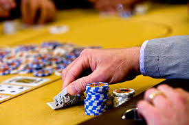 Is poker worth playing in an online casino? - Casino Slots US