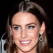Jessica Lowndes - Bio, Facts, Family | Famous Birthdays