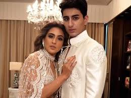 Ibrahim Ali Khan opens up about his bond with elder sister Sara Ali Khan |  Hindi Movie News - Times of India