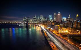 تحميل خلفيات ليلة كورنيش المدينة في الليل الطريق السريع عريضة