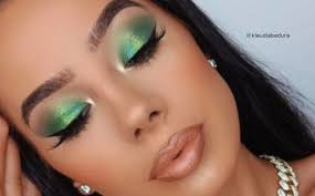 tropical emerald green makeup looks to