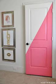 16 Brilliant Painted Furniture Ideas To Transform Your Bedroom Bedroom Door Decorations Painted Closet Girl Room