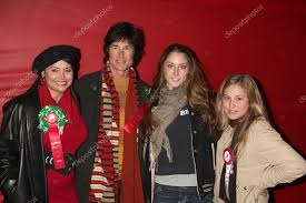 Devin & Ronn Moss, His daughters Creason, Caleb – Stock Editorial Photo ©  Jean_Nelson #13051492