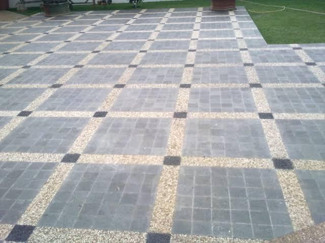 Andesit stone untuk lantai carport