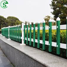 China Manufacturer Colorful Plastic Picket Fencing Price China Picket Fencing Price Colorful Picket Fencing