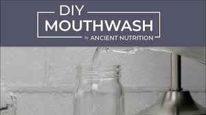 homemade mouthwash with peppermint and