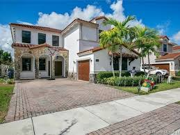 882 nw 104th ave miami fl 33172 zillow