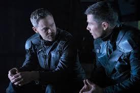 Aaron Ashmore and Luke Macfarlane Break Down Family Dynamics in ...