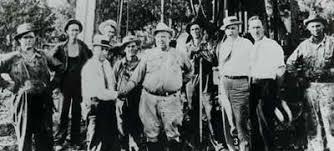Alex Constantine's Anti-Fascist Research Bin: Lexington Comair Crash, Part  17 Supplemental – Maggie's Farm 2006 – The Political Influence of the Hunt  Family