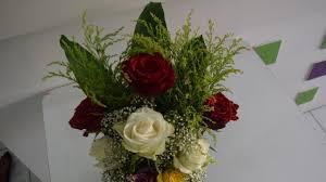 طريقه سهله جدا لعمل فازة ورد صغيره Vase Of Small Roses Youtube