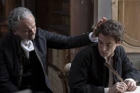 Elio Germano (a destra) nei panni di Giacomo Leopardi ne 'Il Giovane  Favoloso'
