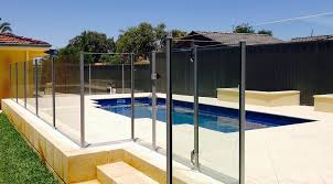 semi frameless glass fencing aluminum posts