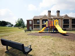 Who lives at 1440 Kemper Rd, Cincinnati OH   Rehold