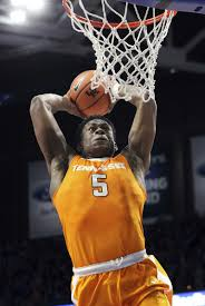 Tennessee scores rare Rupp victory