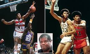 Wes Unseld, NBA Rookie of Year and MVP in 1969, dies at 74   Daily Mail  Online
